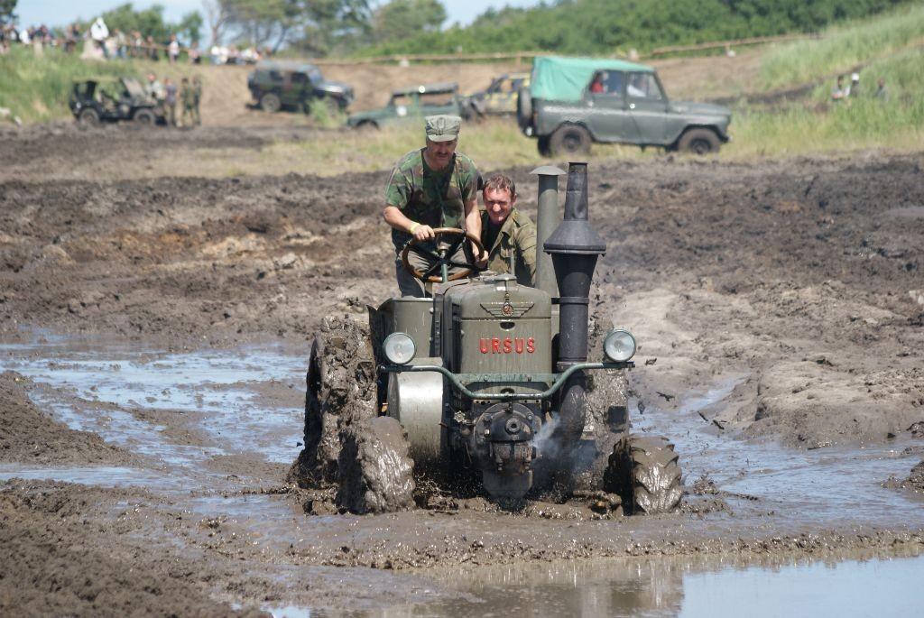 XIII Międzynarodowy Zlot Historycznych Pojazdów Wojskowych w Darłowie